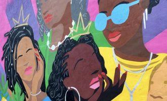 crown mural